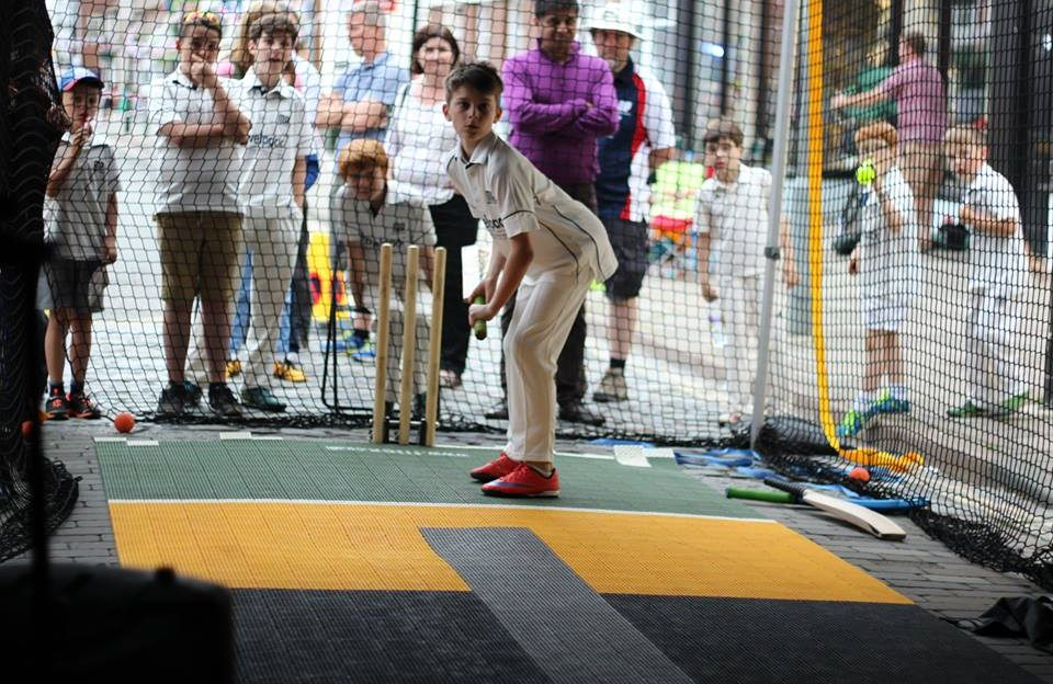 Batfast Cricket Simulator at Queen\s Street Party