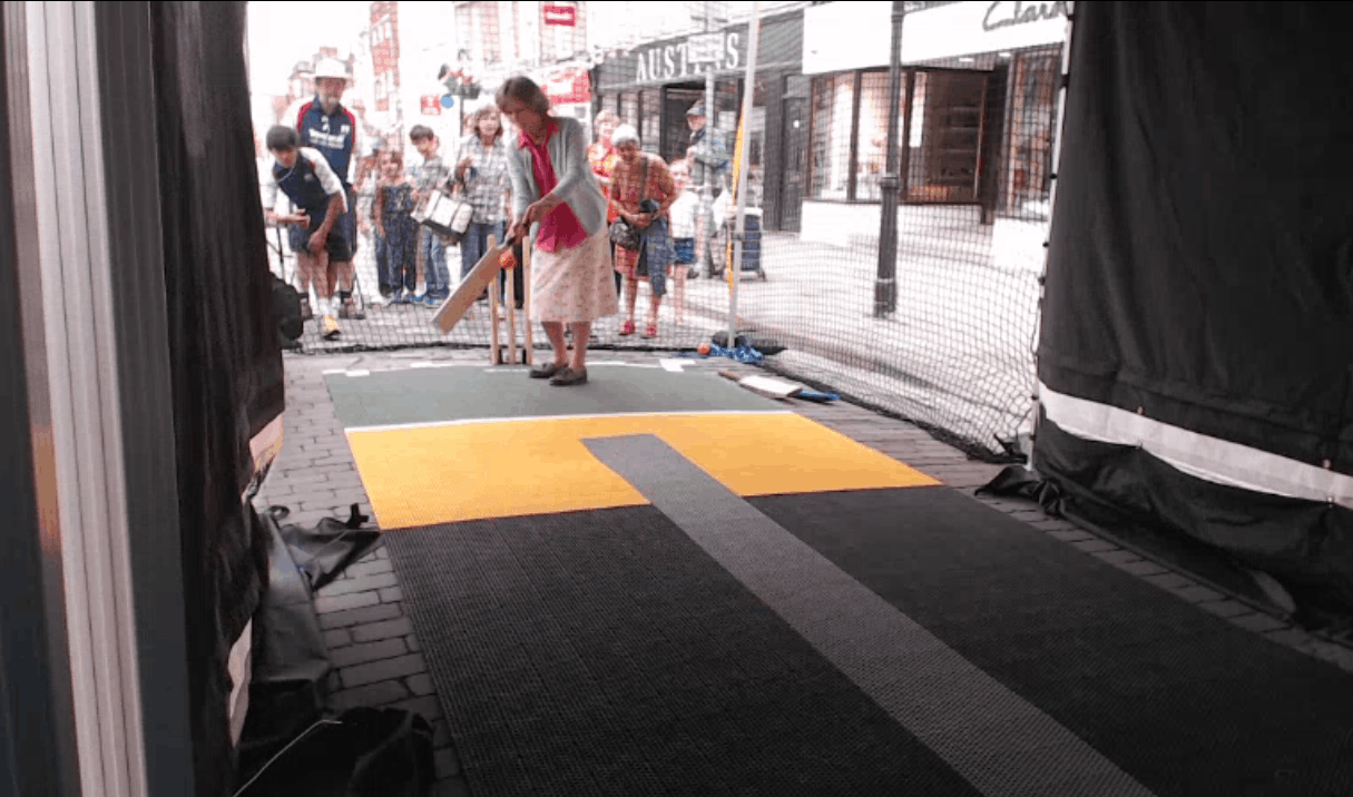 BatFast Cricket Simulator at Queen's Street Party